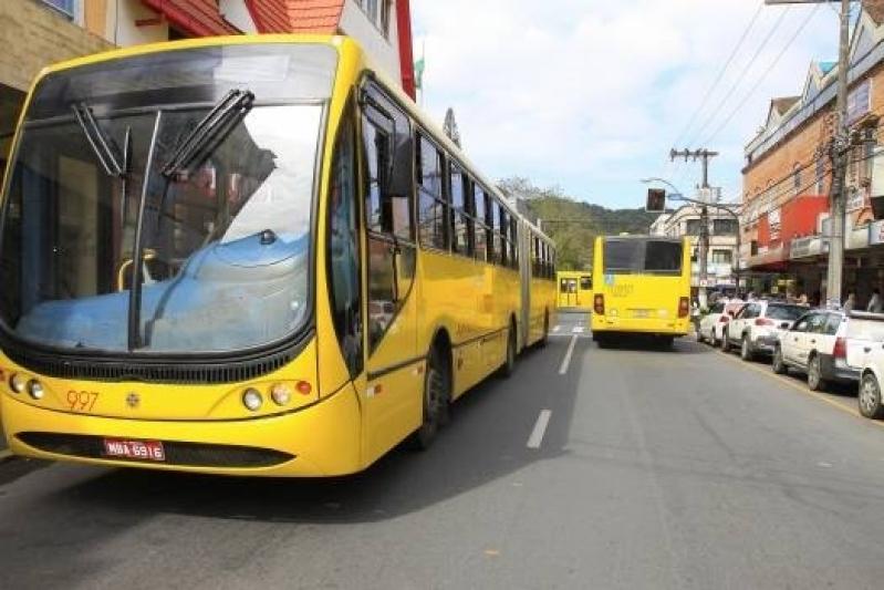 ônibus para Fretamento Preços Alto de Pinheiros - Fretamento de ônibus para Excursão